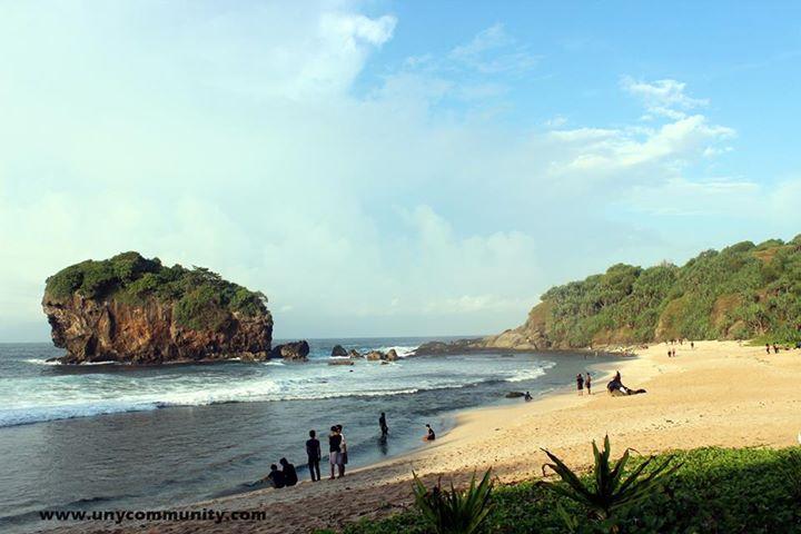 Camping di Pantai JUNGWOK