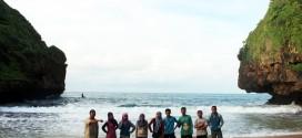 Sensasi Tahun Baru di Pantai Greweng