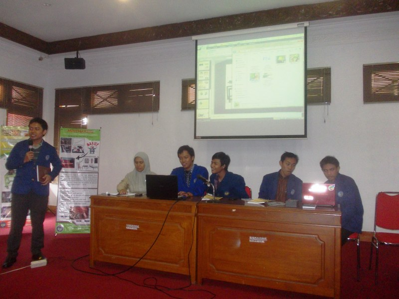 Presentasi mahasiswa uny