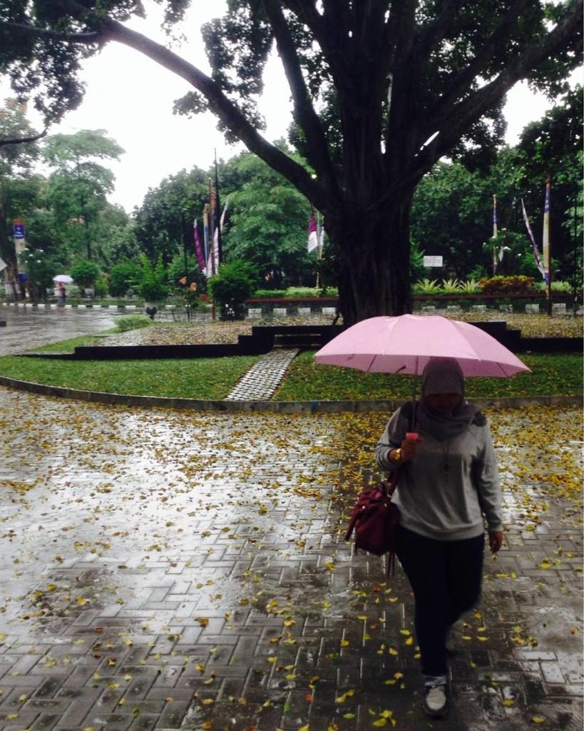 hujan uny