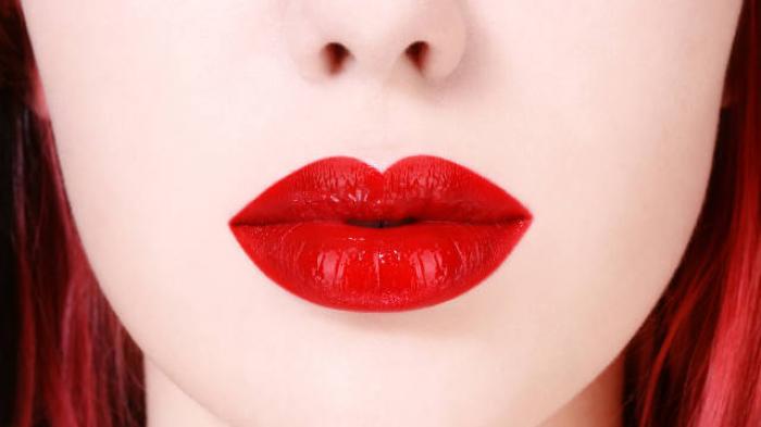 lipstik menyala
