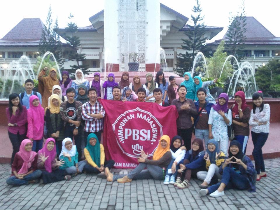 Alasan Kenapa Mahasiswa Sastra Indonesia Bisa Jadi Pasangan Yang Istimewa Uny Community